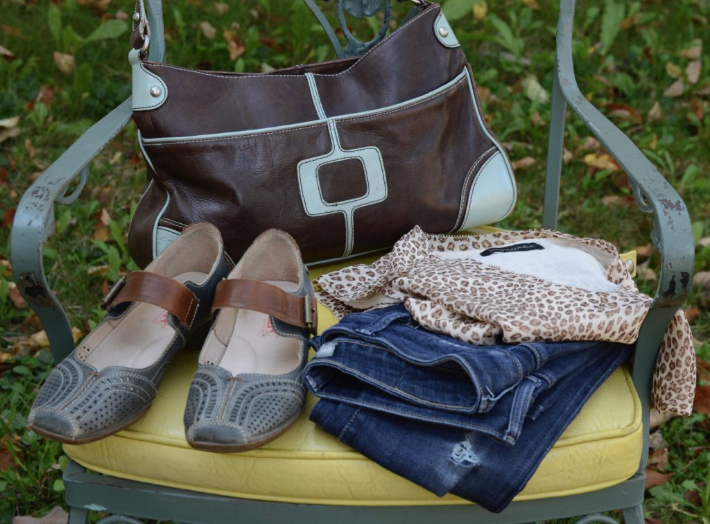 Declutter Your Closet In 3 Easy Steps: Need Fall Essentials