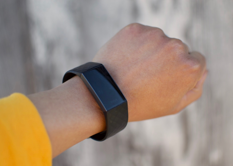 Stylish Gifts: Fitbit Charge 3