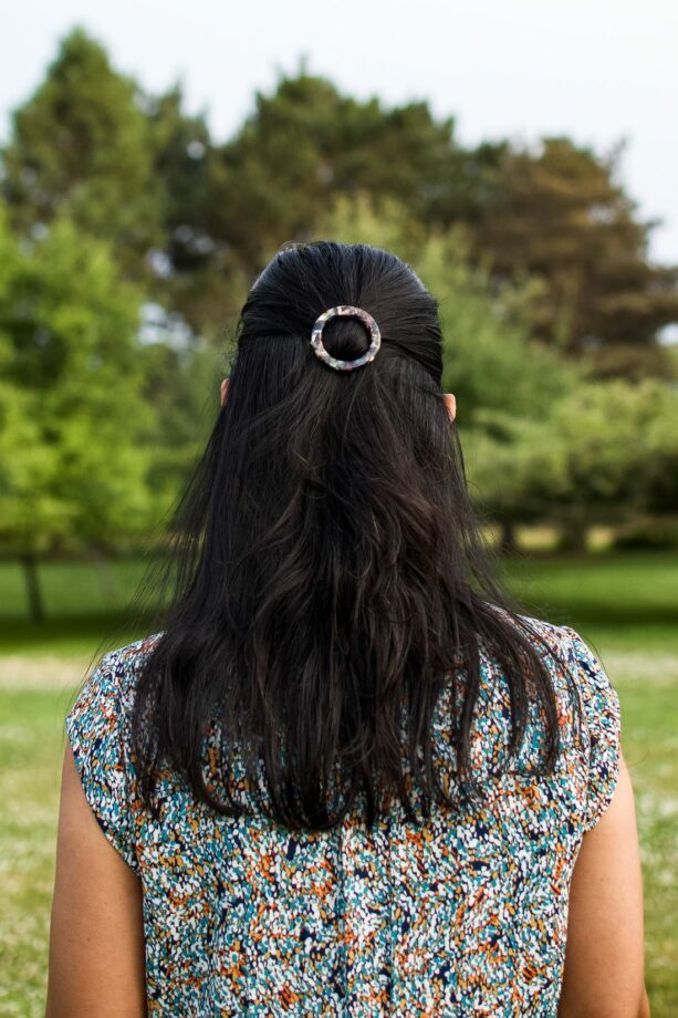 Hair Accessories: Circle Barrette