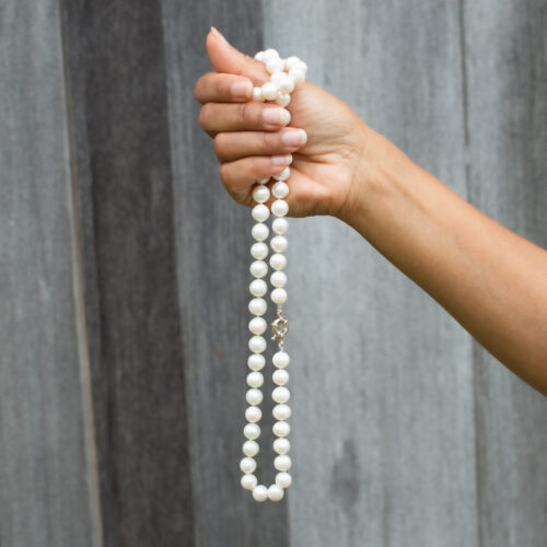Must-Have Accessories: Pearl Jewelry